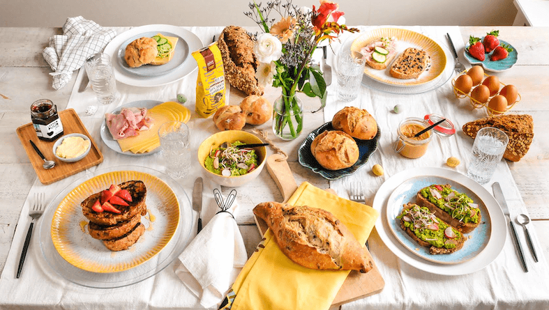 familiebox paasbox 2019 met Handgemaakt Brood